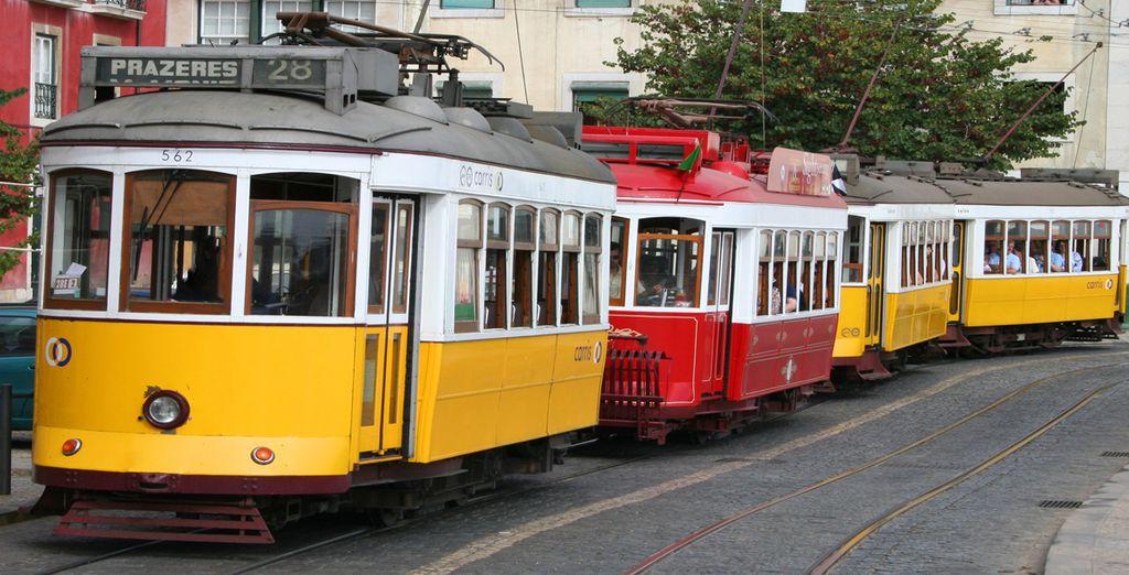 Visitate Lisbona, tra tram, fado e Ginjinha