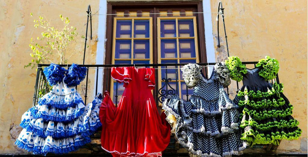 L'Andalusia è amata per i suoi colori, per il flamenco e per il suo folklore