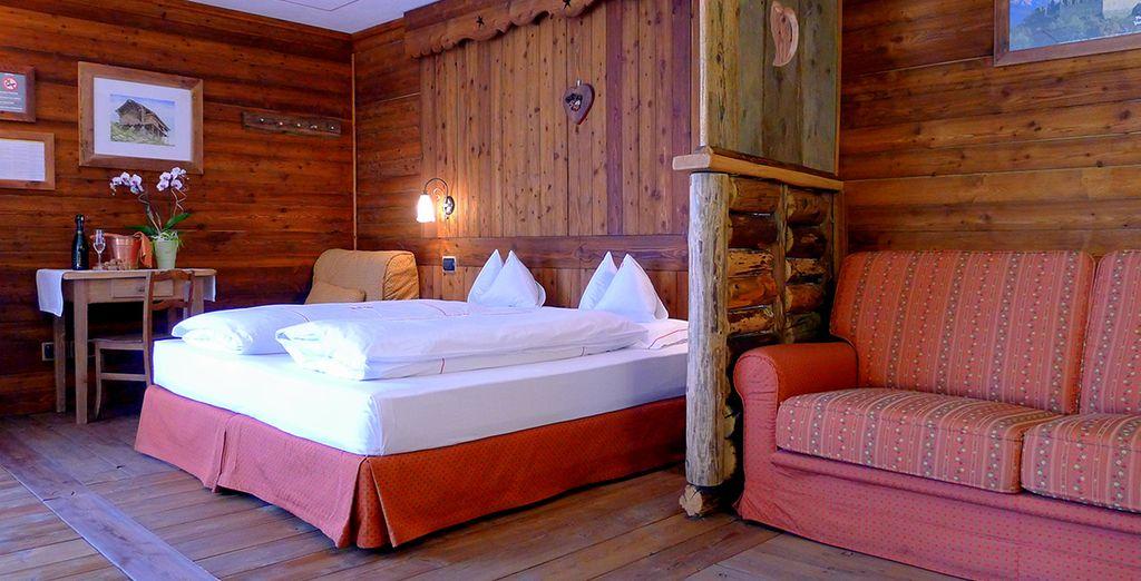 Soggiornerete in comode camere Comfort arredate secondo la tradizione valdostana