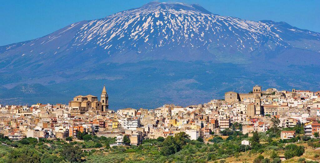 Per poi visitare l'imponente Etna