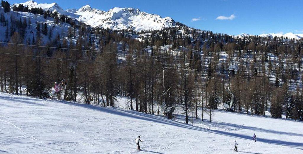 Mezzana si trova inserita in un contesto alpino meraviglioso