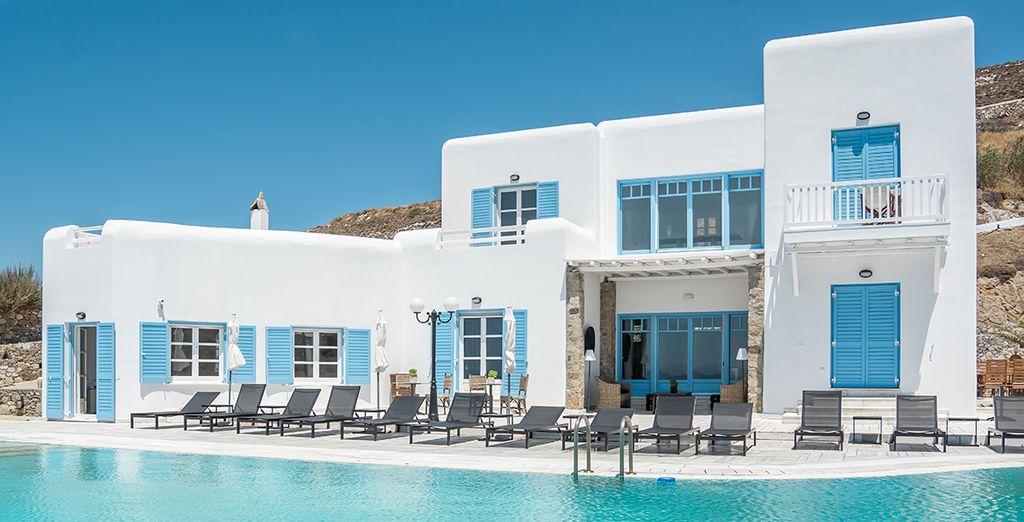 Uno splendido resort nelle Cicladi vi attende