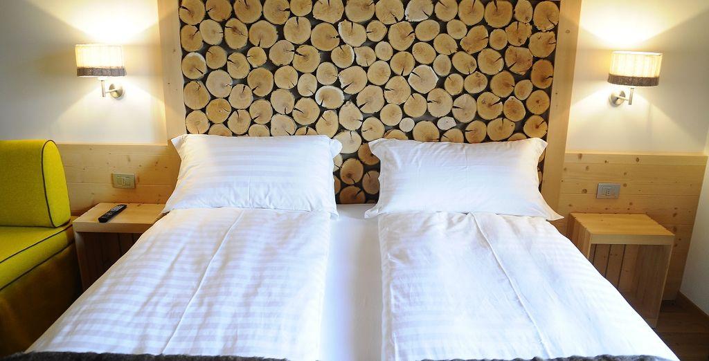 Le camere sono arredate in stile rustico, ma elegante