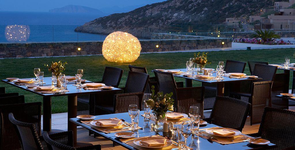 o al Ristorante internazionale Pangea, per una favolosa cena di coppia