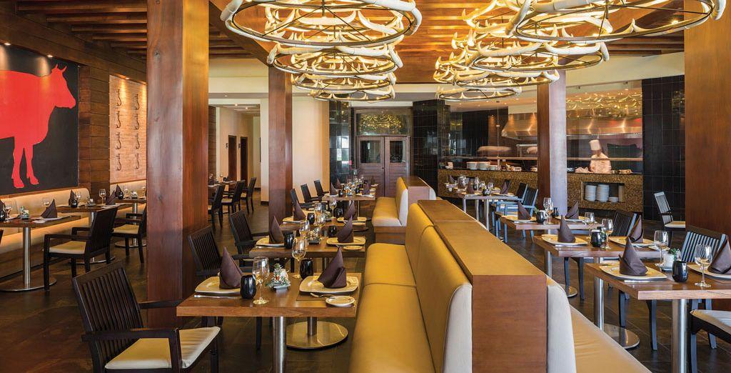 Passando per il ristorante italiano e il delizioso steakhouse