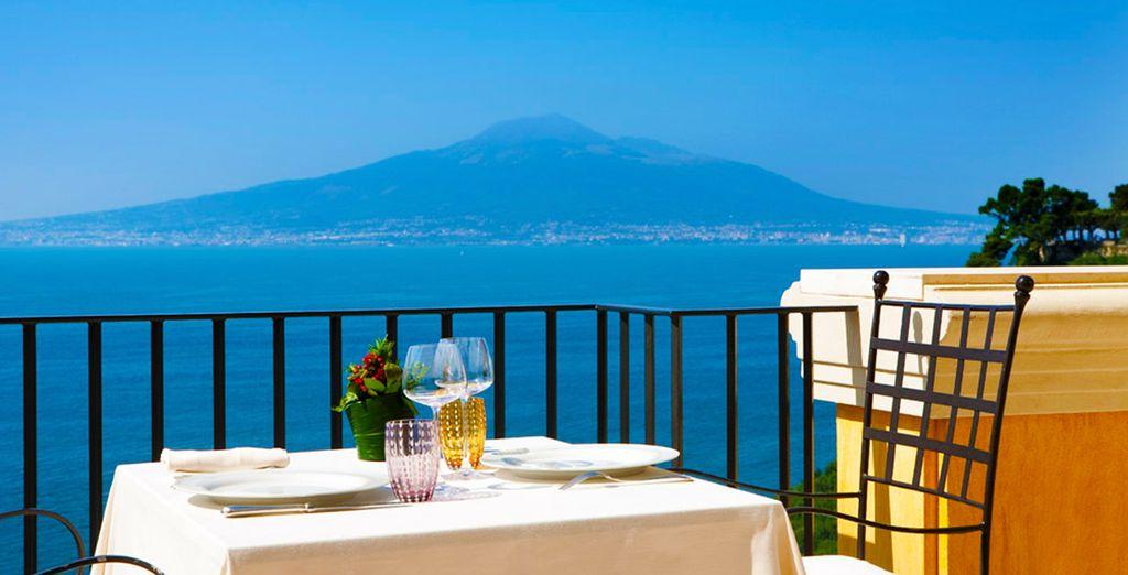 Amerete la vista sul Vesuvio e sul mare