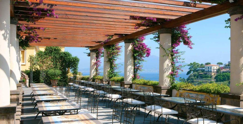 Rilassatevi nella terrazza panoramica