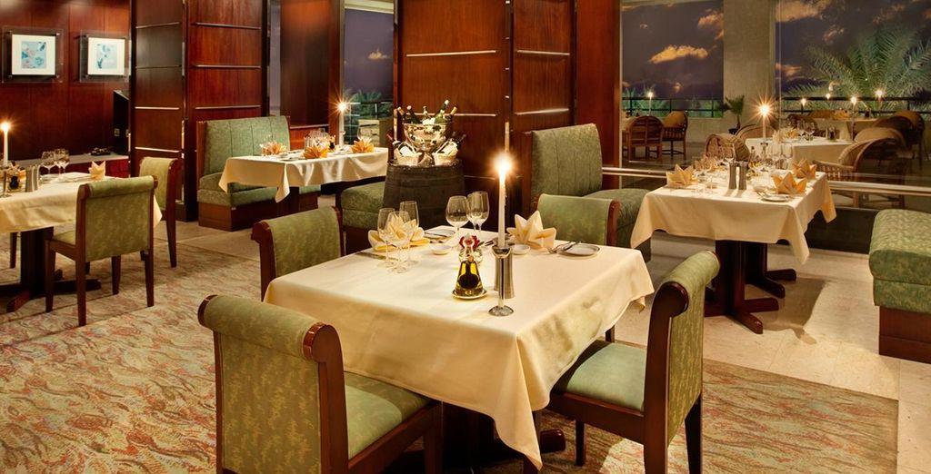 Potrete scegliere tra una gamma di ristoranti per soddisfare il vostro palato grazie al supplemento di mezza pensione