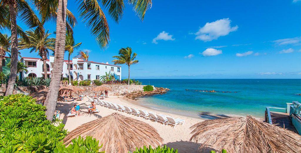 Verso l'azzurro infinito del mar dei Caraibi