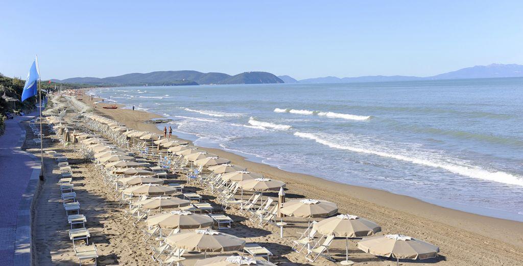 Una magnifico resort affacciato sul mare vi aspetta