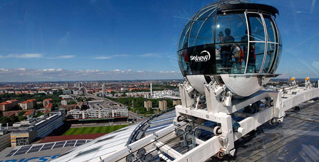Salite a bordo dello skyview e ammirate la città dall'alto