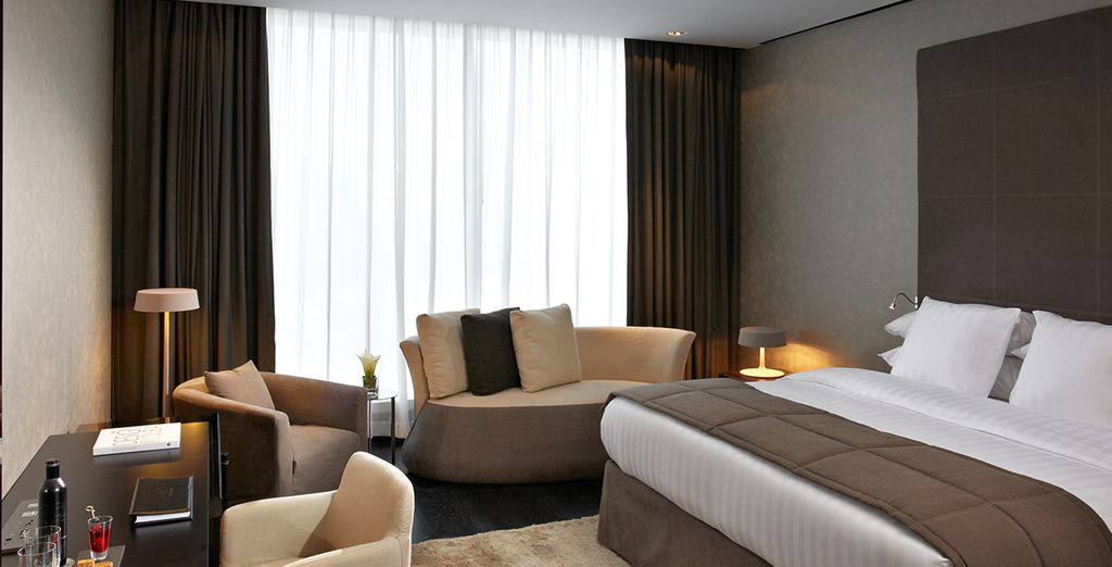 Hotel a 5 stelle di alta gamma con camera doppia a Dubai con tutti i comfort