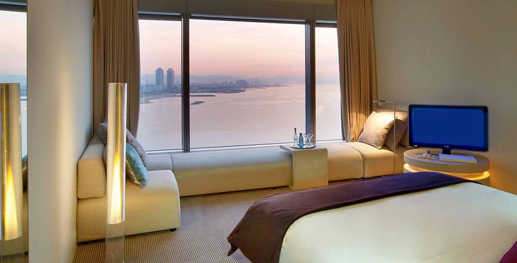 Hotel di alta gamma con camera doppia e vista panoramica sulla città di Barcellona