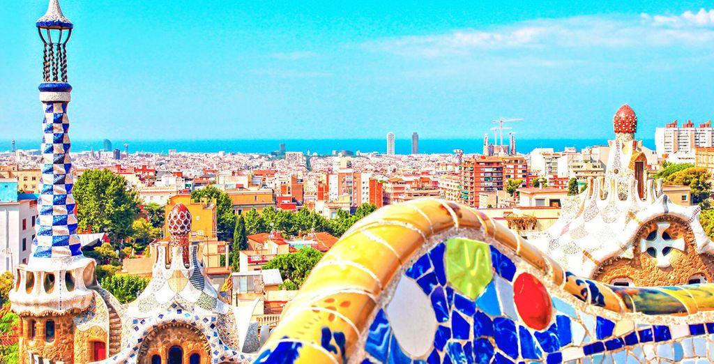 Architettura colorata di Barcellona, Spagna, Parco Güell
