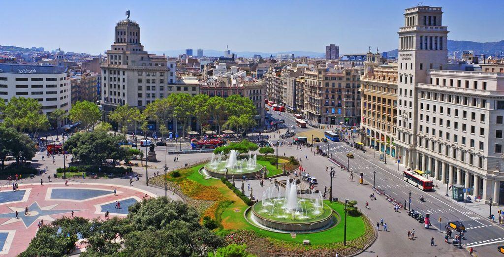 Fotografia della piazza catalana in Spagna, Barcellona