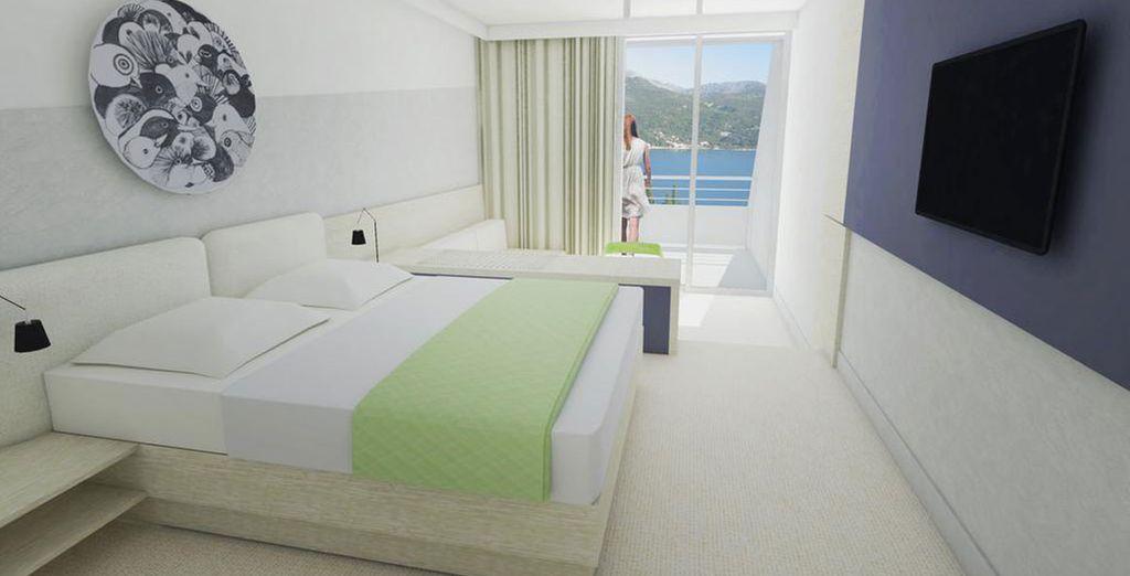 Hotel di lusso con tutti i comfort, camera doppia e terrazza privata con vista sul mare Adriatico