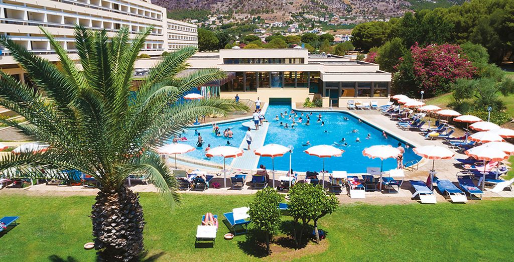 Hotel 4 stelle di alta gamma con piscina e zona relax, selezionato da Voyage Privè