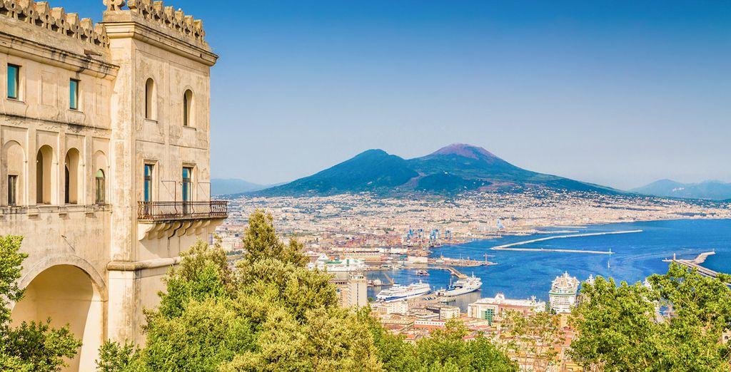 Fotografia della città di Napoli in Italia