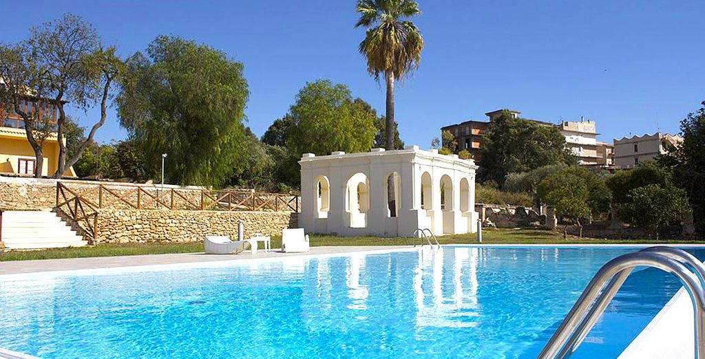 Hotel Villa Calandrino 4*