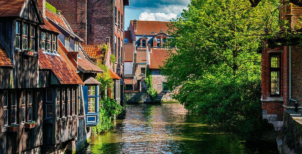 Fotografia della città di Bruges in Belgio