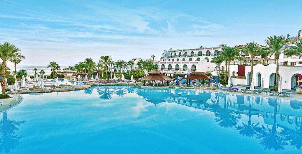 Hotel di lusso con piscina e zona relax nel cuore di un hotel a cinque stelle, selezionato da Voyage Privé