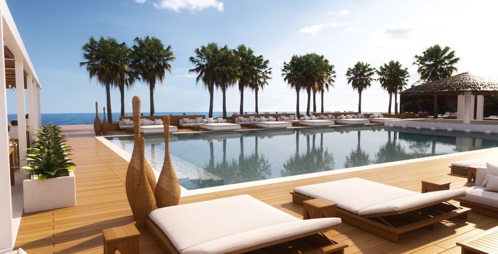 Nikki Beach Santorini 5* - Pacchetti vacanze