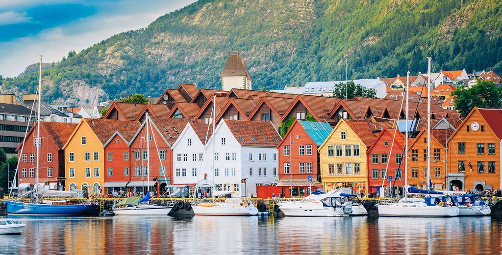 Una zona da visitare è Bryggen a Bergen