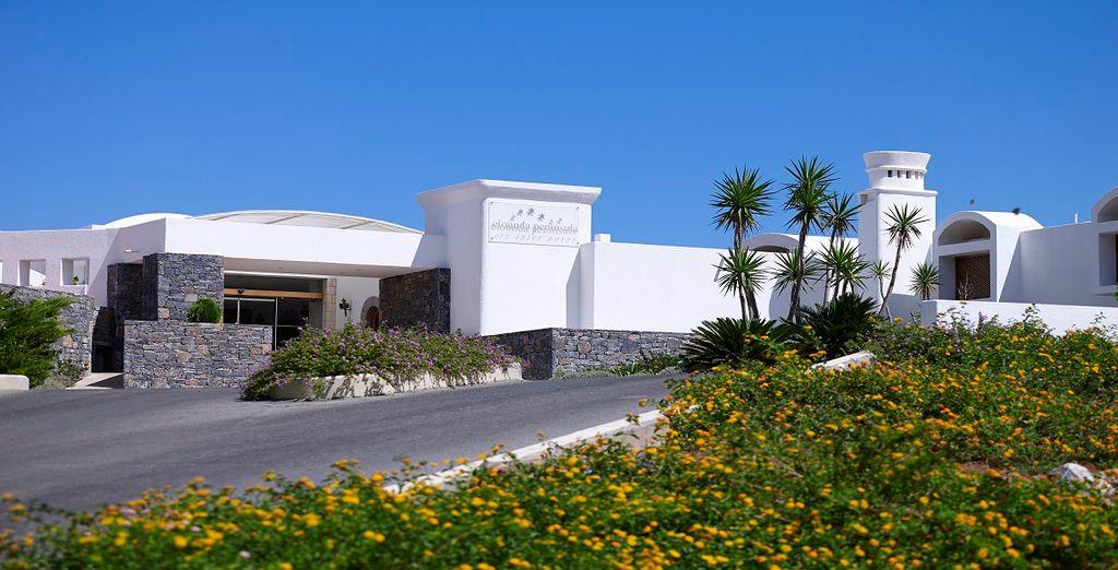 L'Elounda Peninsula 5* vi accoglie a Creta