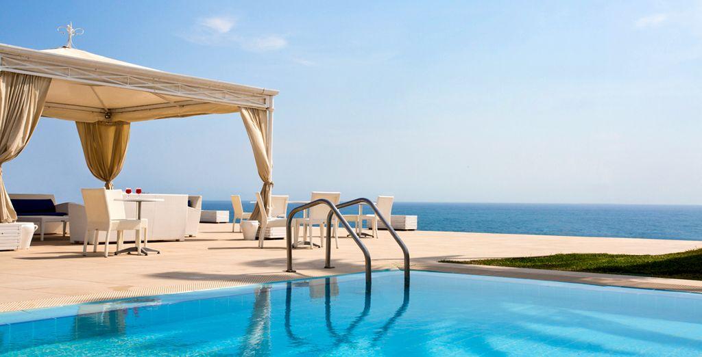 Benvenuti all'Hotel Venus Sea Garden Resort 4*