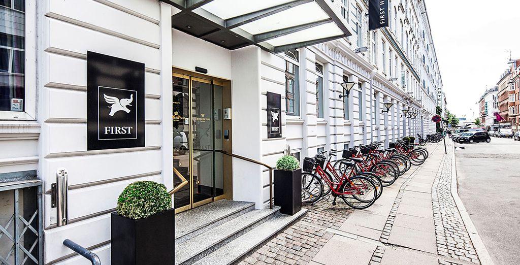 A Copenhagen soggiornerete al First Hotel Myfair o similare