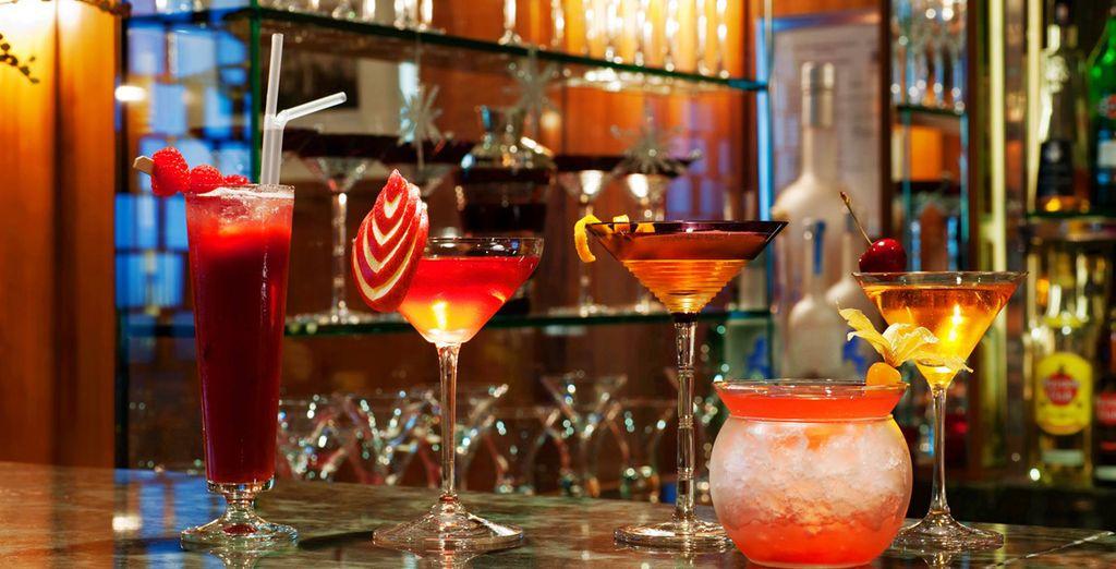 scegliendo tra raffinati cocktail