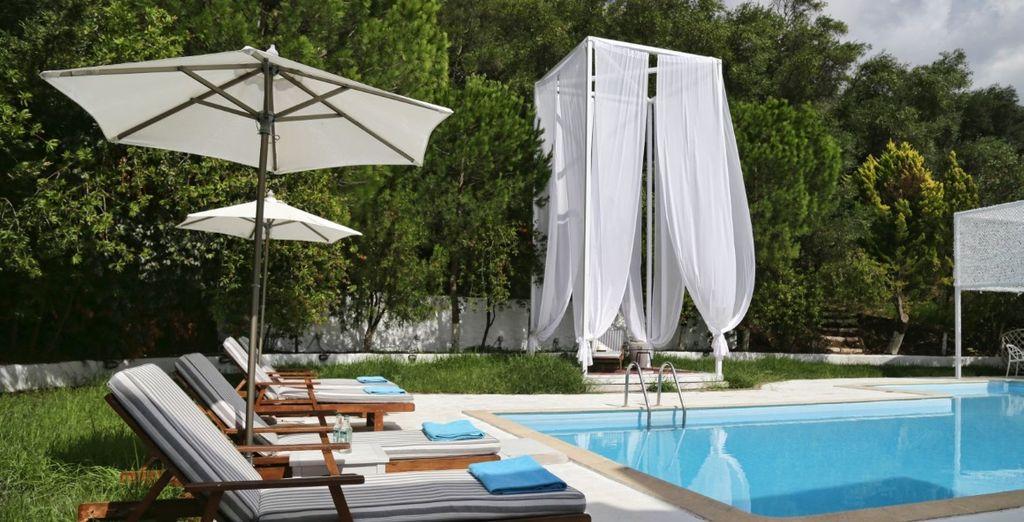 Godetevi una giornata di sole in piscina
