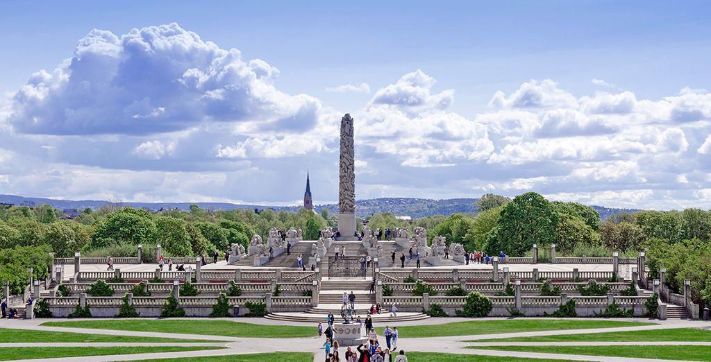 Visitate alcune delle più importanti attrazioni come Il Parco Vigeland