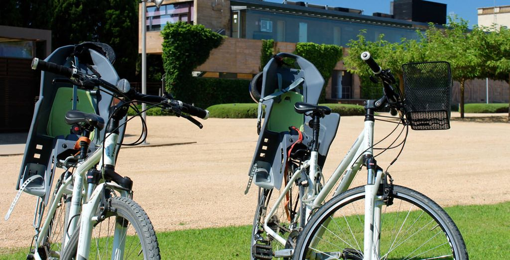 approfittate del noleggio biciclette incluso per un'escursione nei dintorni