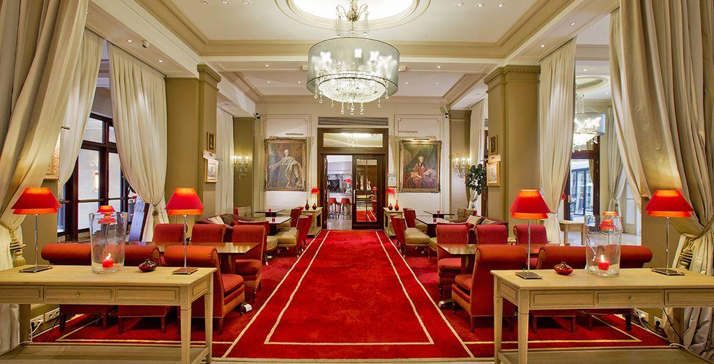 Recensioni - Hotel California Champs-Elysées 4* - Voyage Privé