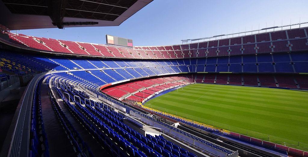 a soli 6 minuti a piedi dal Camp Nou, celebre stadio del Barcellona