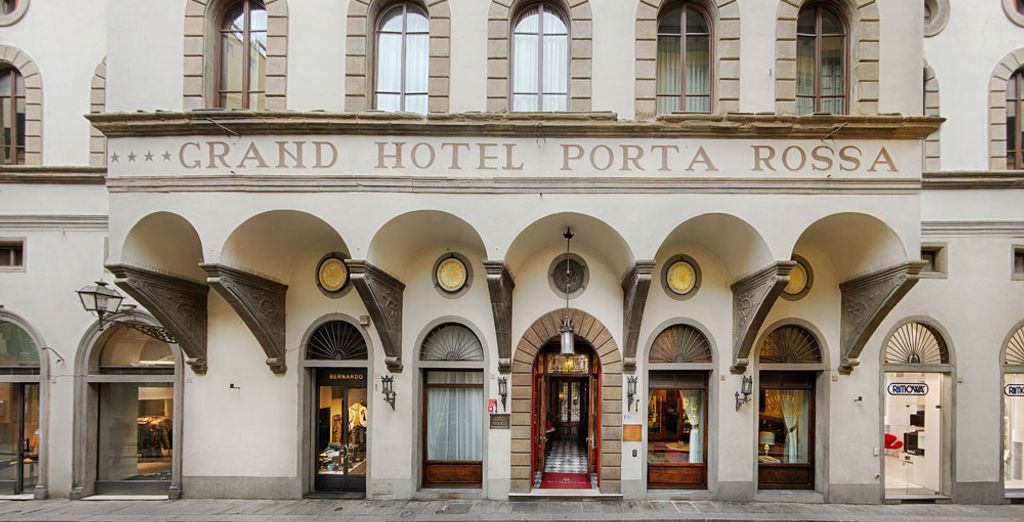 en dit hotel, een van de mooiste en oudste in Italië, ook