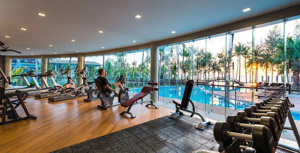 Sportfacililiteiten recht tegenover palmbomen