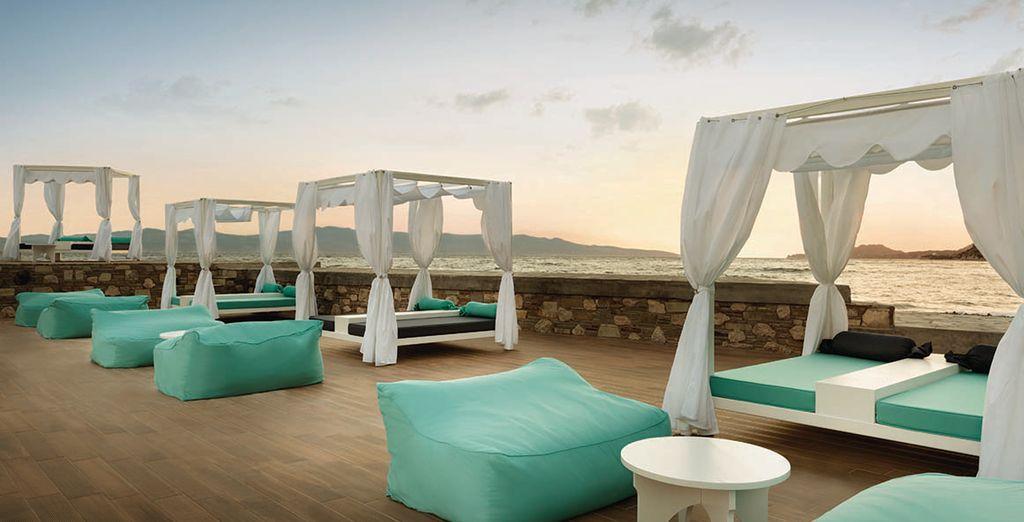 Op het gezellige terras van het resort geniet u van een moment van rust