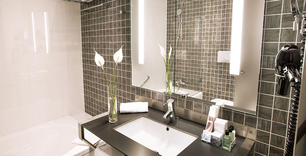 Met een moderne en elegante badkamer
