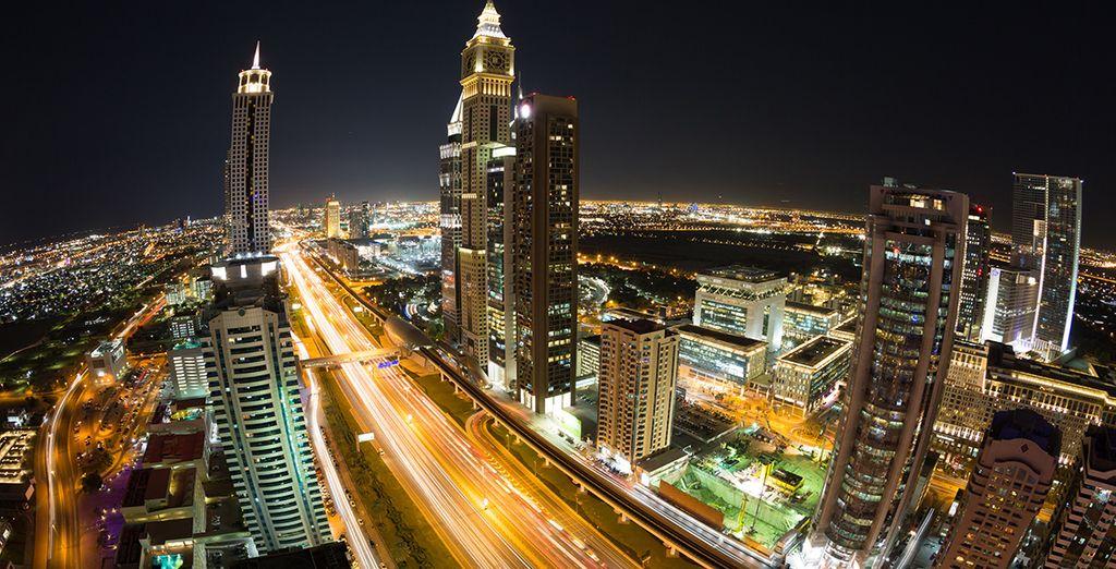 Bezoek de glinsterende lichten van Dubai