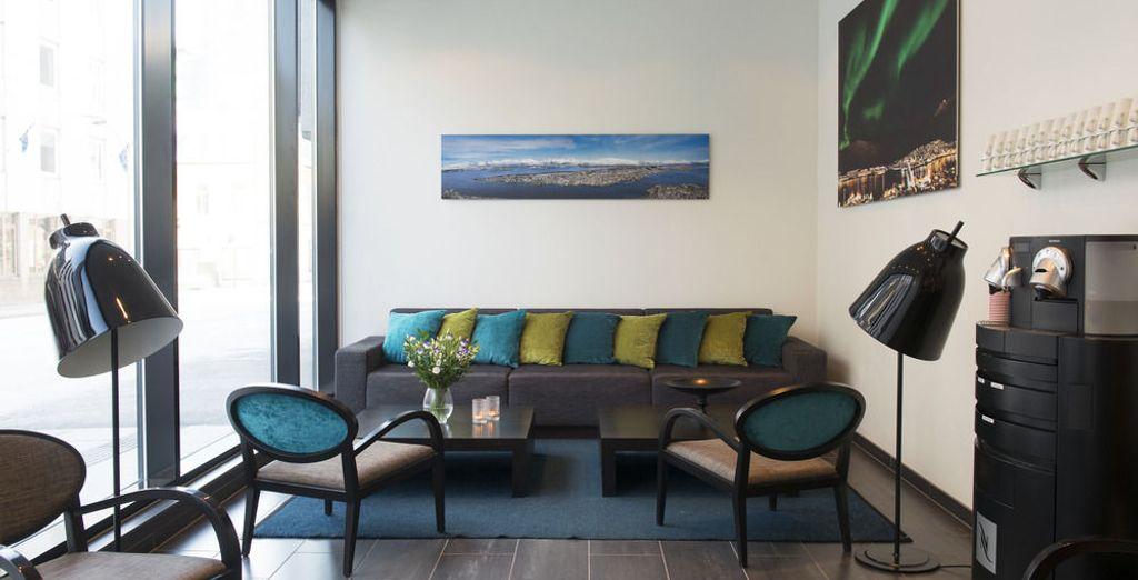 U verblijft in het centraal gelegen en comfortabele Hotel Thon (of gelijkwaardig)