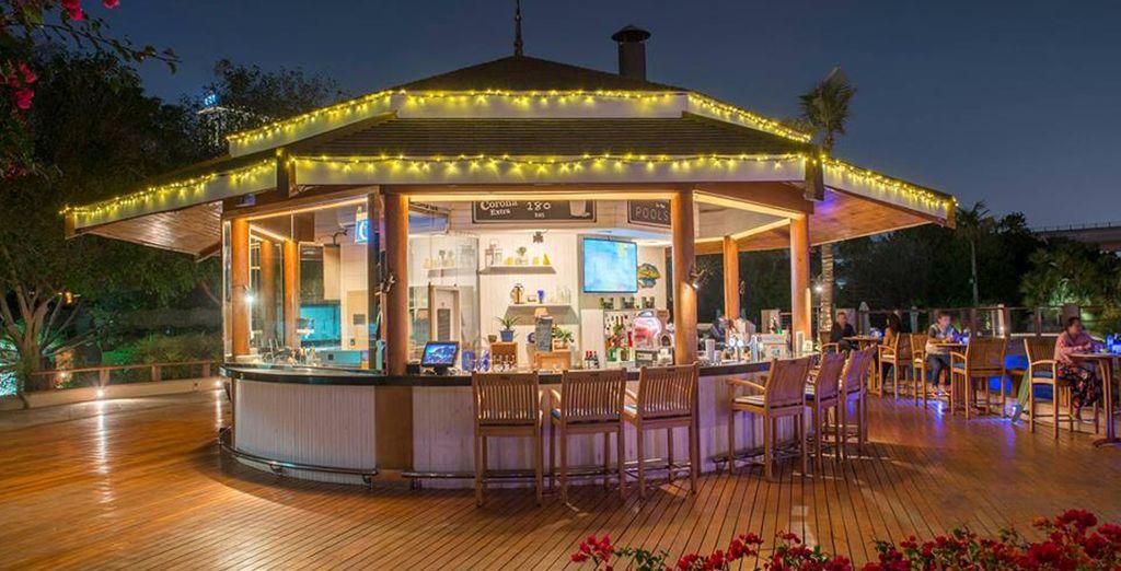 Er zijn maar liefst 13 bars en restaurants!