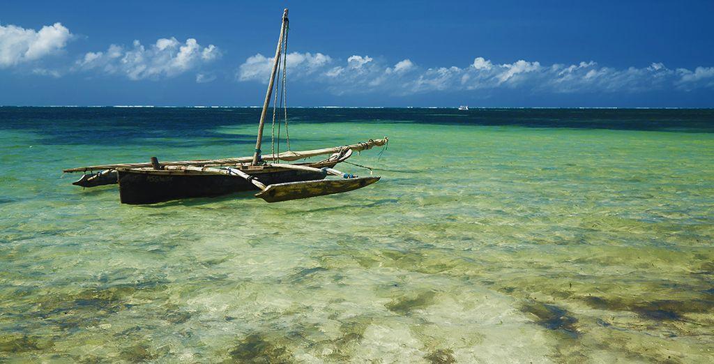 Gelegen aan het strand van Bamburi, één van de mooiste stranden van het land