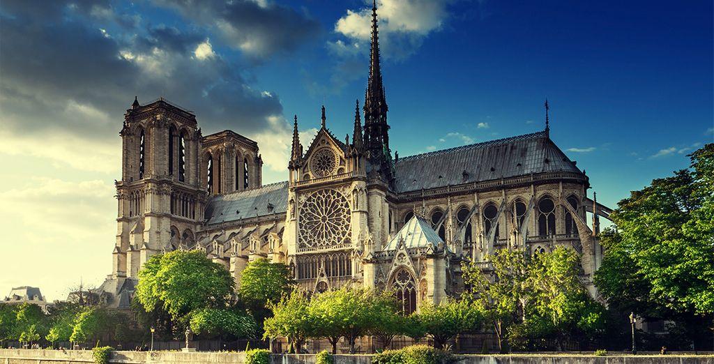 Bezoek de bekende Notre Dame