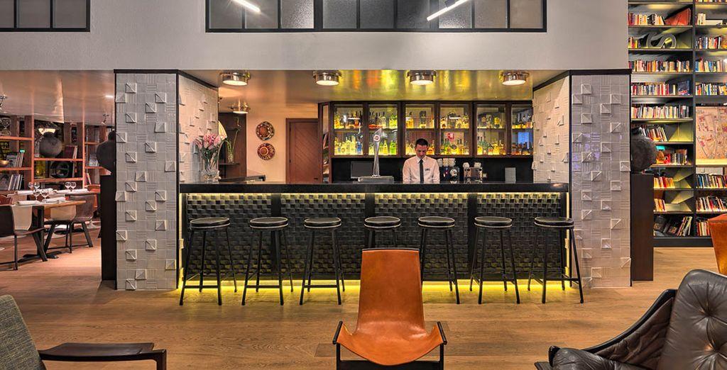 Neem een lekker drankje bij de Lobby bar
