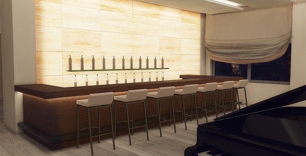 Een drankje in de bar