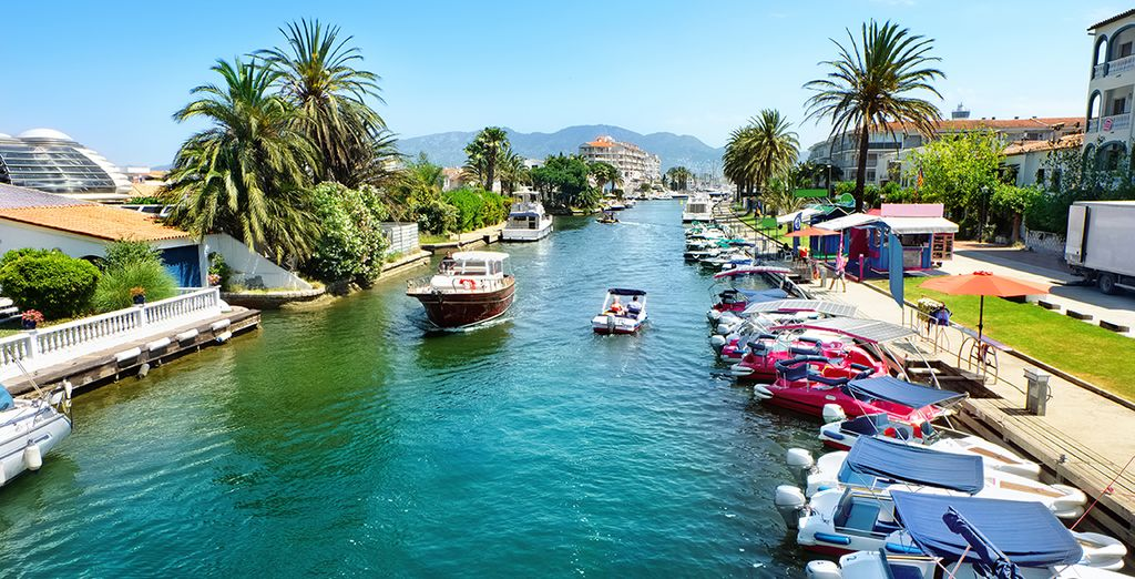 Dit mooie kustplaatsje is het Venetië van Spanje!