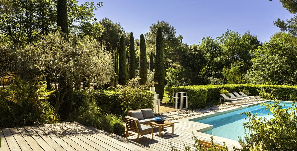 Head outside to the large landscaped garden