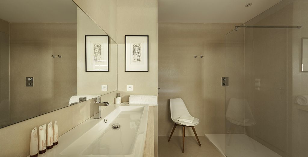 And all come with modern ensuite bathrooms
